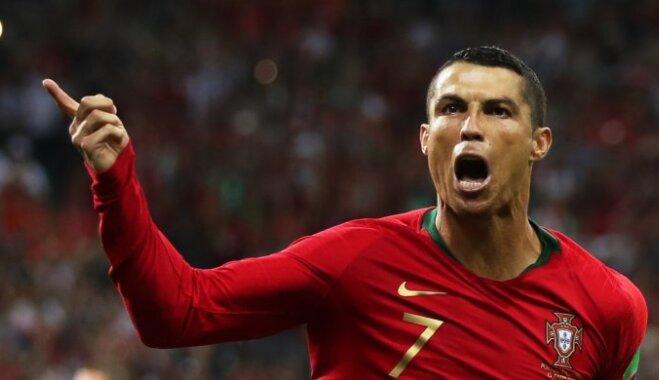 Ronaldu 'hat trick' izdaiļo fantastisko Portugāles un Spānijas dueli