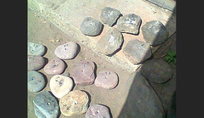 Foto: Kā uzmeistarot dekoratīvu akmens bumbu