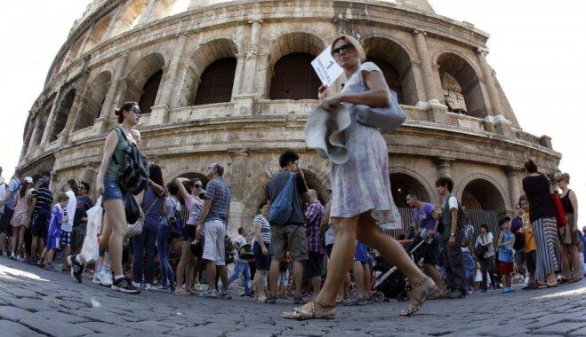 Noderīgi padomi, kā ceļojumos izvairīties no garām tūristu rindām