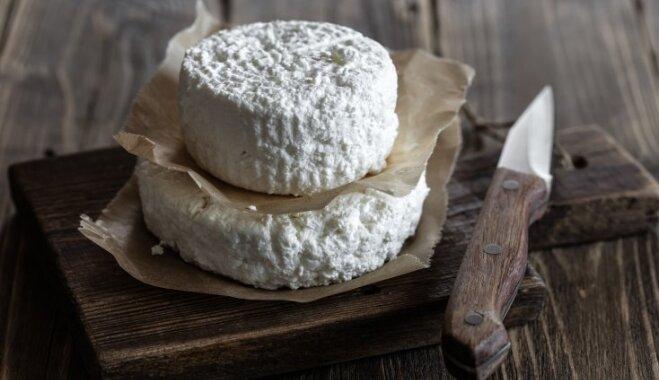 Kā no biezpiena 10 minūtēs mājas apstākļos pagatavot kausēto sieru