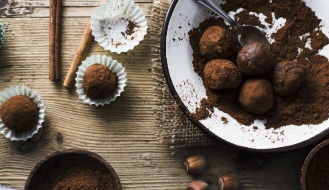 Pašgatavotas trifeles: 17 kārdinoši saldas receptes dāvanu darbnīcai