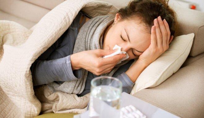 Gripas epidēmiju prognozē janvārī. Aicina vakcinēties laikus