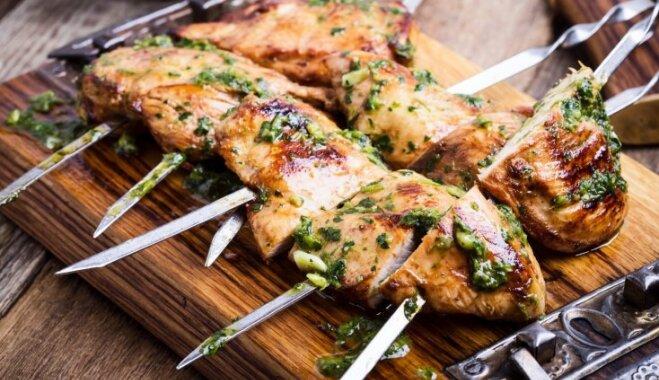 Maigs un sulīgs vistas šašliks: 12 receptes izcilam rezultātam
