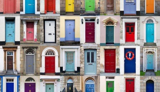Говорят и показывают двери. Что выбор цвета входа в жилище говорит о его хозяине