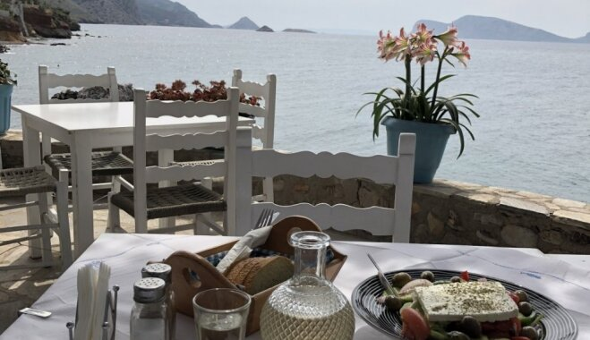 Brīvdienas Grieķijas salās: kā paradīze un Mīnotaura labirints vienlaikus