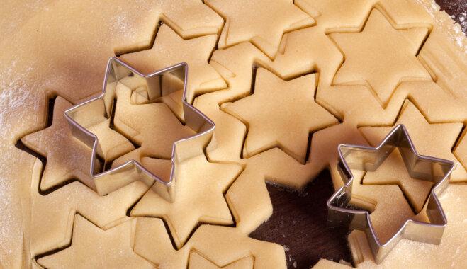 Biezpiena zvaigznītes ar šokolādes glazūru