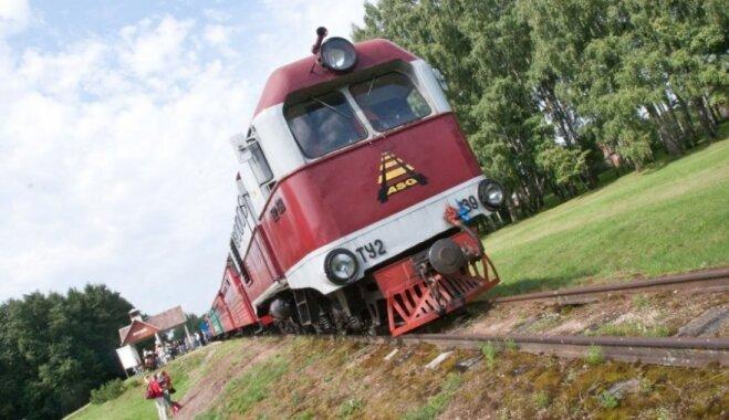 Узкоколейка в Аукштайтии прекратила свою работу - поездки опасны для жизни