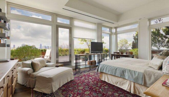 Foto: Merilas Strīpas dzīvoklis Ņujorkā ar privāto liftu un balkonu kā pagalmu