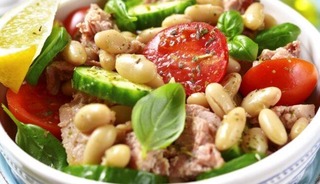 Pupiņu salāti – ģeniāls risinājums ātrām un slinkām darbdienu maltītēm