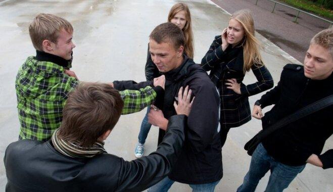 Эротика сриди школьников фото 680-721
