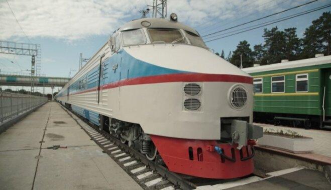 'Ugunsdzēsējs' iebrauc Eiropā: tūkstošiem kilometru pa kolorīto Krieviju