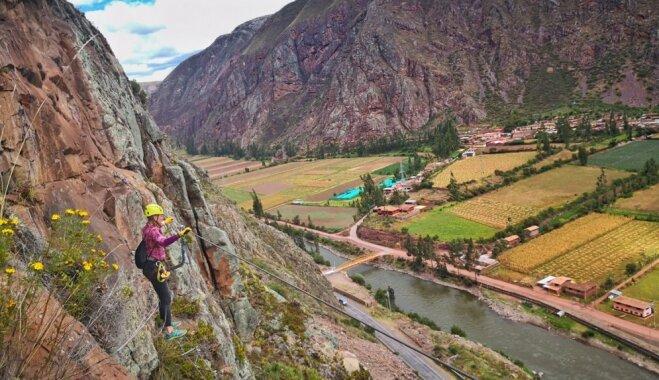 Foto: Latviešu ceļotāju piedzīvojumi Peru stikla kapsulu viesnīcā