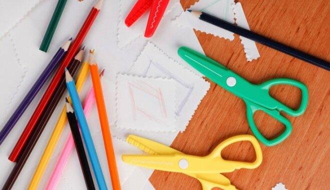 Rīgā dzīvojošās mazturīgās ģimenes aicina pieteikties pabalstam skolas preču iegādei