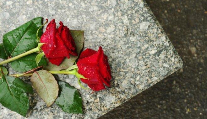 Ziedu kultūra bērēs – svarīgas nianses cieņpilniem žestiem