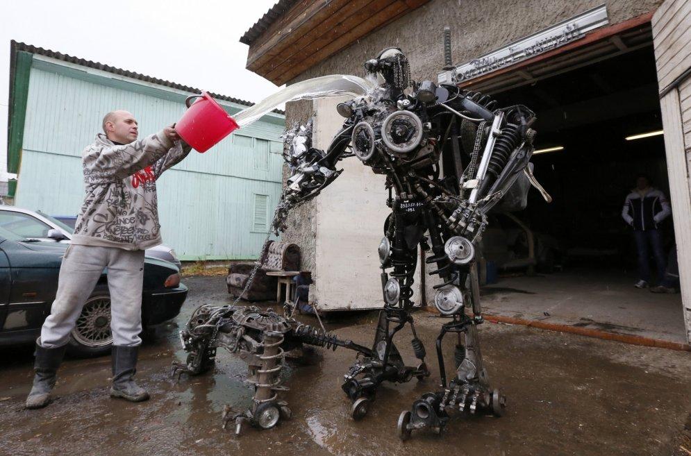 Как из митала сделать робота