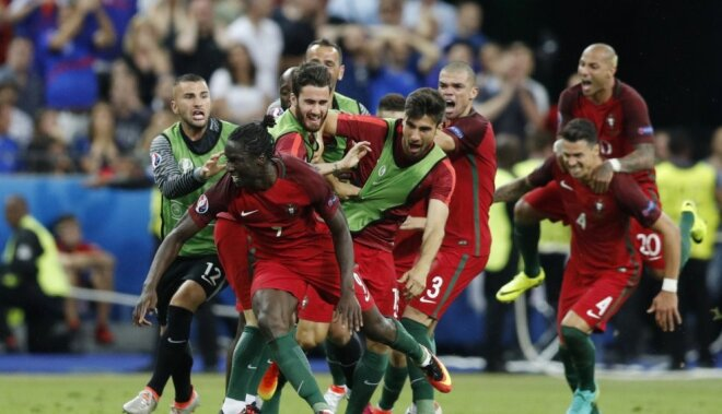 Португалия обыгрывает Францию без Роналду и впервые становится чемпионом Европы