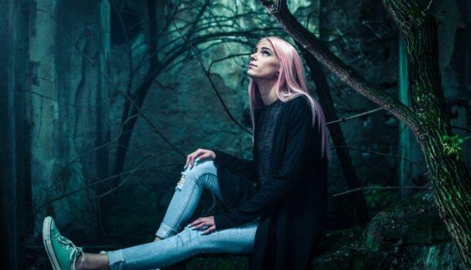 Kā mēs kaitējam savai emocionālajai labklājībai?