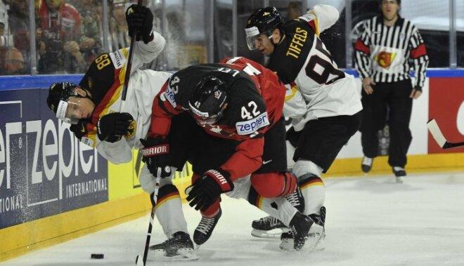Čempioni Kanādas hokejisti, 'nomētājot' Vāciju, ar grūtībām tiek pusfinālā