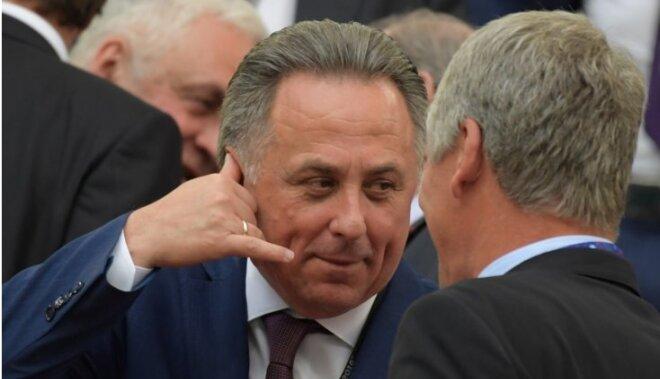 Video: Krievijas sporta ministrs uzmundrina fanus brīdī, kad notiek nekārtības