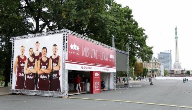 ФОТО: В Риге открылся магазин для фанов Евробаскета