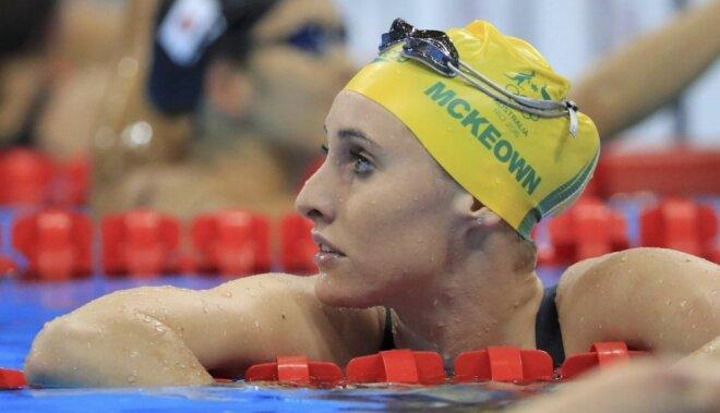 Austrālijas peldētājiem par neatļautu 'brīvsoli' aizliedz piedalīties olimpiādes noslēgumā