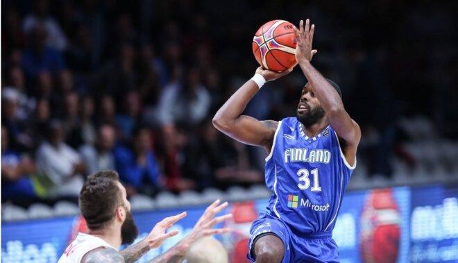 Somijas basketbolisti savu skatītāju priekšā sensacionāli pagarinājumā uzvar Franciju
