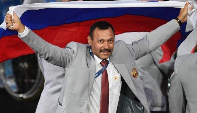 Baltkrievijas paralimpietim atņem akreditāciju par Krievijas karoga ienešanu Rio spēļu atklāšanā