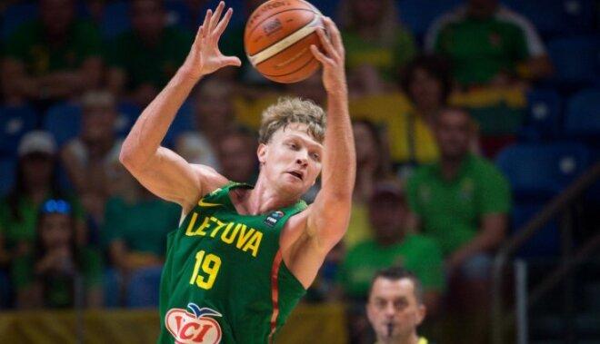 Lietuvas un Slovēnijas valstsvienības triumfē savās apakšgrupās
