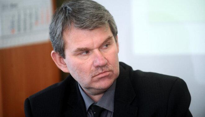 'Vienotība': Rīgas namu pārvaldnieks izvairās aizstāvēt dzīvokļu īpašniekus