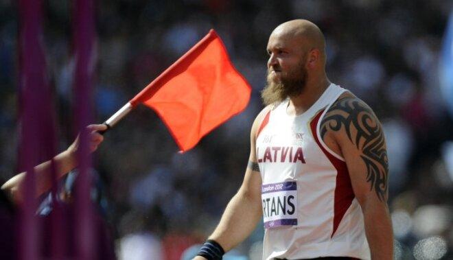 Fotoreportāža: Latvijas vieglatlētu starti olimpiskajā arēnā