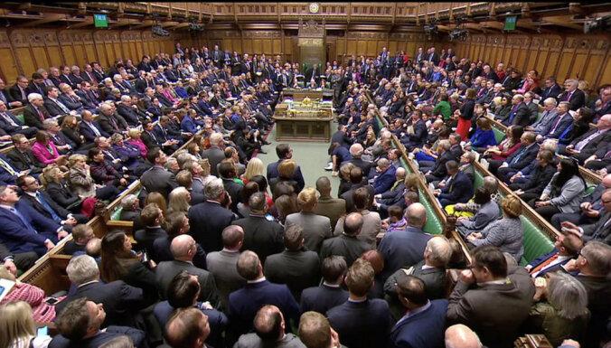 """Британский парламент отверг соглашение с ЕС о """"брексите"""" (дополнено)"""