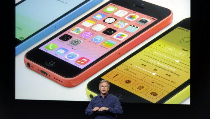 Названы цены iPhone 5S и iPhone 5С в Латвии
