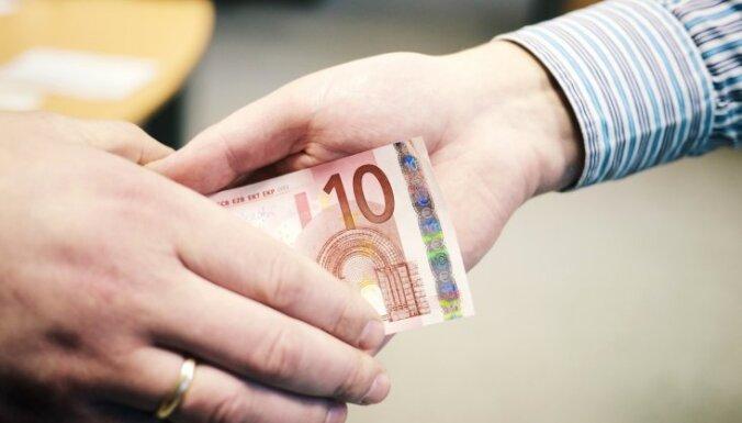 Par izvairīšanos no nodokļiem 113 tūkstošu eiro apmērā piespriež piespiedu darbu