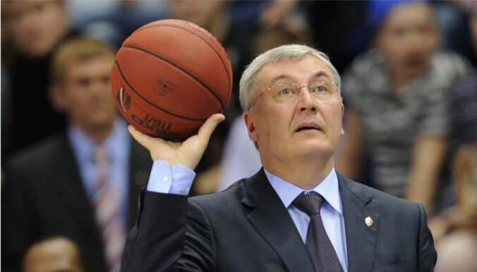 Lietuvas vīriešu basketbola izlasi turpmāk vadīs Kazlausks