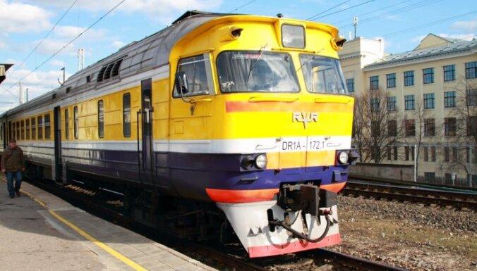 Э-талоны в поездах: все ждут решения Рижской думы