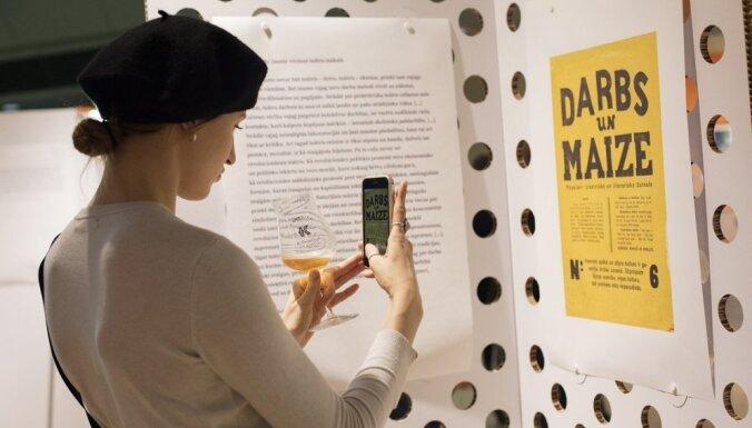 Izstādē 'Asja Lācis. Avangarda inženiere' notiks pastaigas ar kuratoru un mākslas vēstnešiem