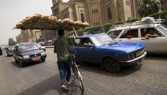 Aizvien nav zināmi Ēģiptes plāni tālāku izmaiņu veikšanai e-vīzas sistēmas ieviešanā