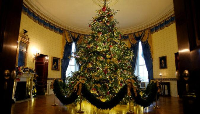 """ВИДЕО. Белый дом """"переоделся"""" к Рождеству"""
