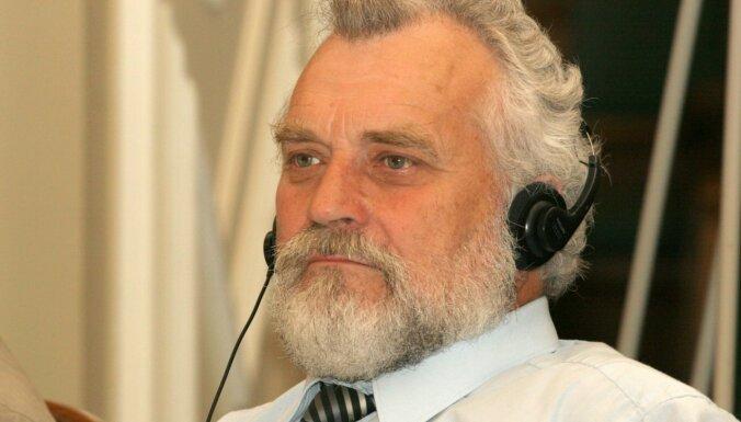 Mūžībā aizgājis vairāku iepriekšējo Saeimu deputāts Leopolds Ozoliņš