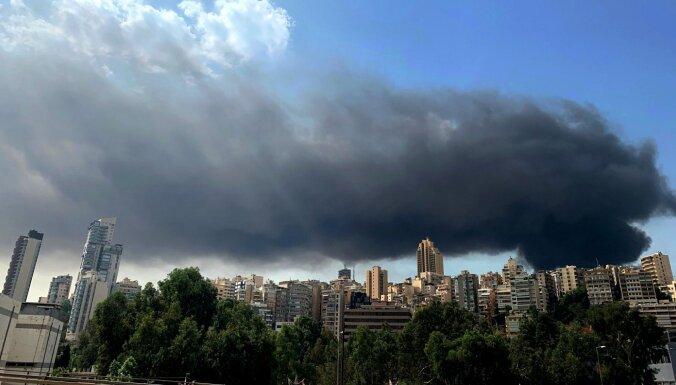 В порту Бейрута снова полыхает пожар. Причины устанавливаются