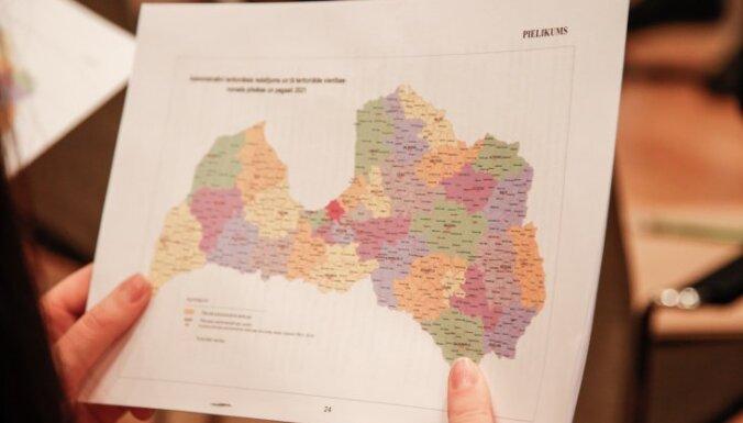 Реформа самоуправлений сократит число депутатов на 56%, а расходы на них — на миллион евро