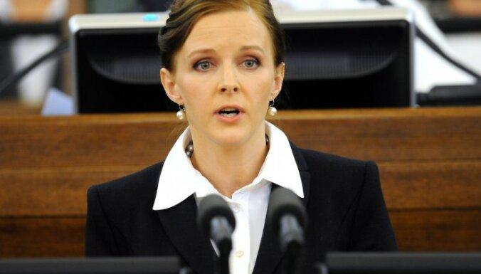 Jūlija Stepaņenko: Par 'tikumību' un grozījumiem Izglītības likumā