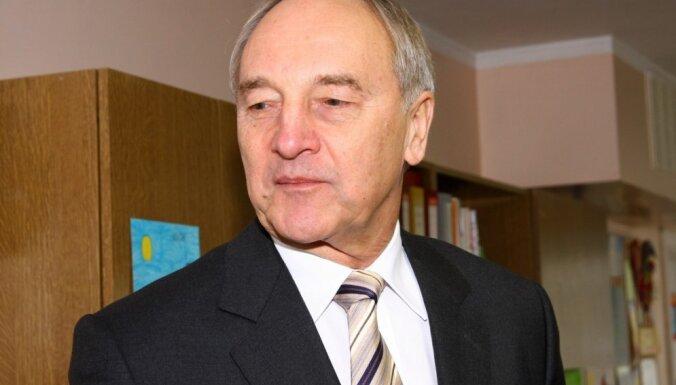 Берзиньш: премьер не должен работать за министров, во власти будут перестановки