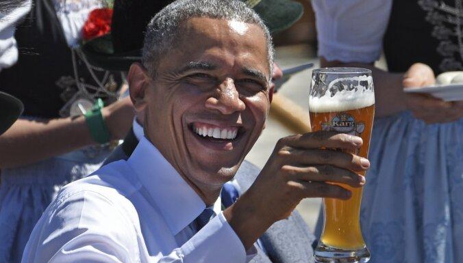 ФОТО: Обама предложил перенести саммит G7 в пивную