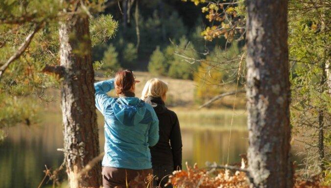 Latvijas krāšņākās vietas: septiņas idejas zelta rudens baudīšanai
