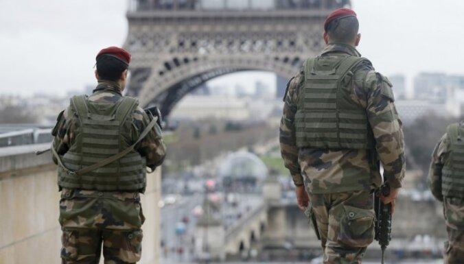 Spridzināšanas draudu dēļ Parīzē atkal evakuētas vairākas skolas