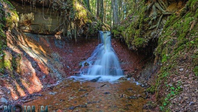 Apslēptā Latvijas dabas pērle – Zārtapu ūdenskritums