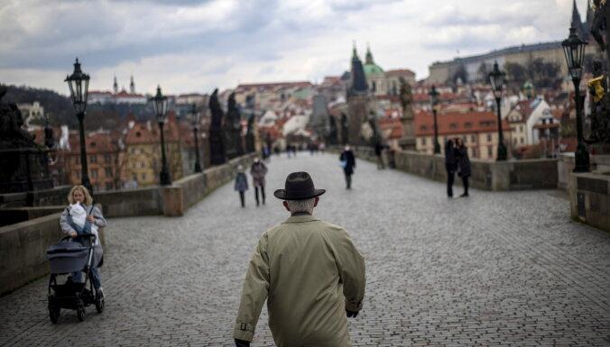 Вопрос об отношениях с Россией раскалывает Чехию