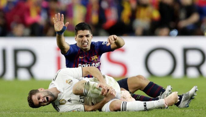 'Barcelona' Spānijas grandu cīņā sagrauj Madrides 'Real'
