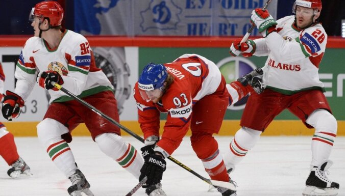 Baltkrievu nacionālais karogs izraisa skandālu hokeja čempionātā